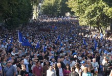 People are mobilized for a rally planned by the Georgian Dream on December 14 amid harassment of public servants